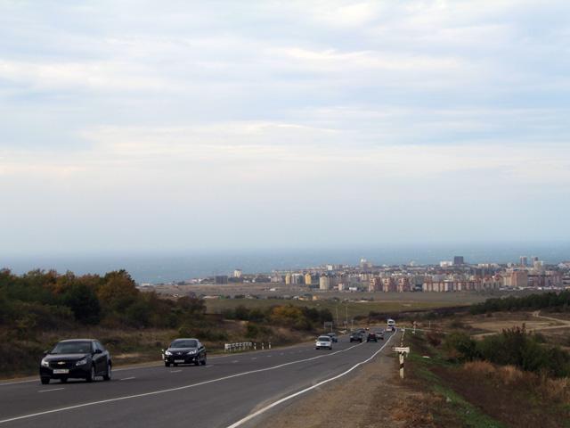 Вида на город с окрестностей п. Су-Псех