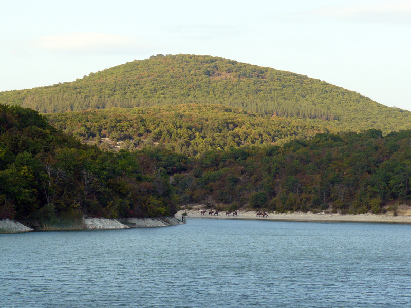 Озеро Cукко